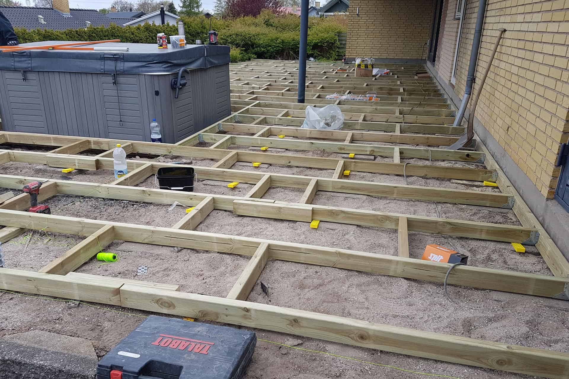 How to build a deck - Bearers and joists