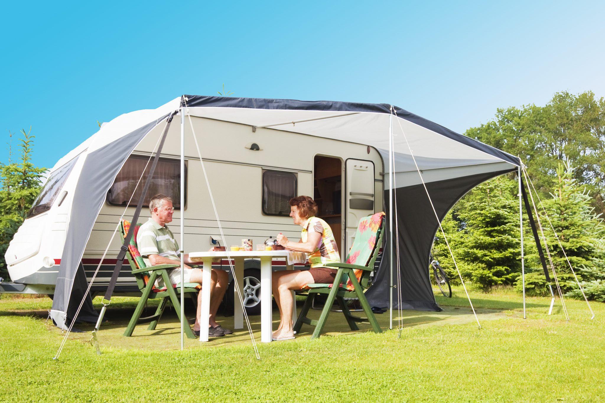 Find forankring til campingvogn, telt og pavilloner her
