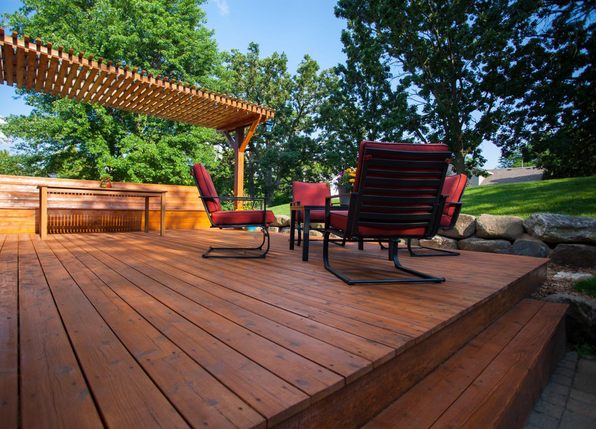 Engineered screw pile footings for decks